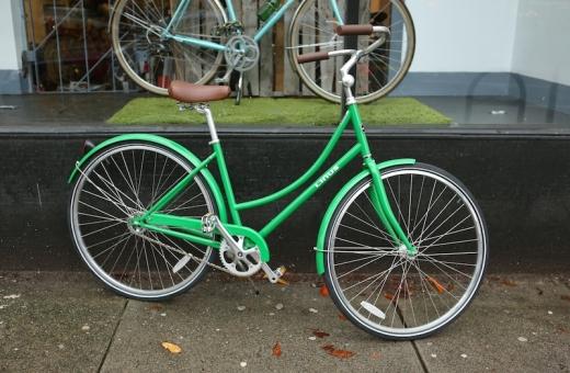 Linus Dutchi bike courtesy of Whoa! Nellie
