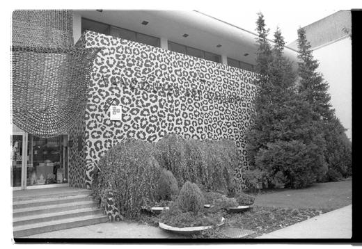 Leopard Realty, 1973