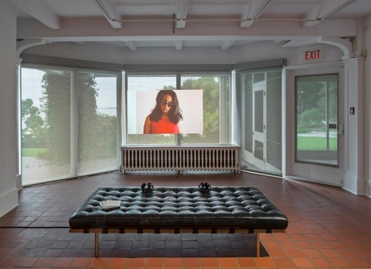 Aleesa Cohene, Hate You, 2014, Oakville Galleries, Canada. Photo by Toni Hafkenscheid